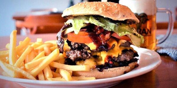 Zajděte na burger: kuřecí nebo hovězí a hranolky