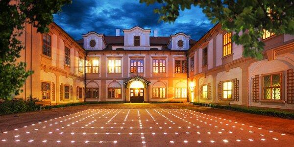 Jaro u zámku Loučeň: jídlo, bazén, labyrintárium