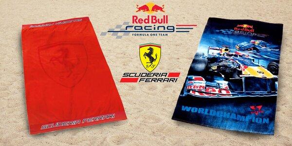 Velké licenční osušky Red Bull nebo Ferrari