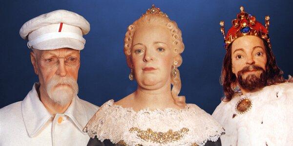 Vstup do Muzea voskových figurín u Karlštejna