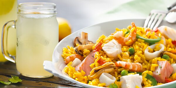 Paella s mořskými plody a domácí limča v Nordsee