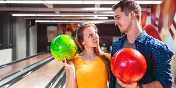 Bowling pro partu na jedné nebo dvou drahách