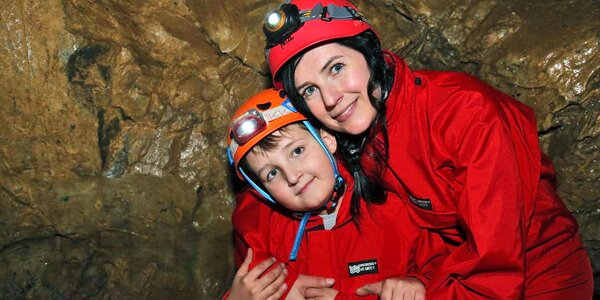 Netradiční rodinná únikovka v jeskyni u Macochy