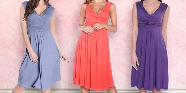 Šaty bez rukávů s nařaseným dekoltem - 8 barev