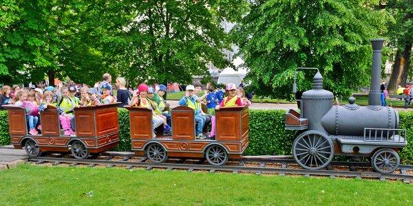 16 jízd v dětském vláčku na Žofíně vč. svačiny