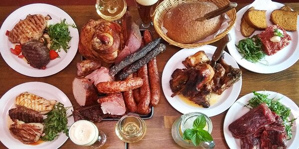 All you can eat u řezníka: steaky, uzeniny, žebra