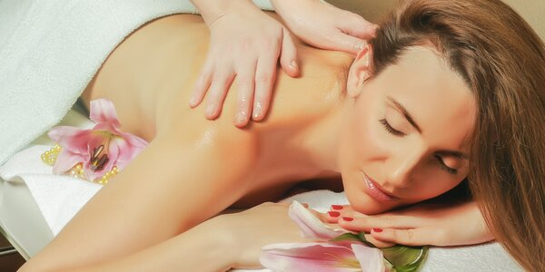 Celotělová havajská masáž Lomi Lomi v délce 60 minut