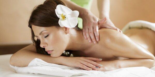 Thajská masáž zad a šíje v délce 45 minut
