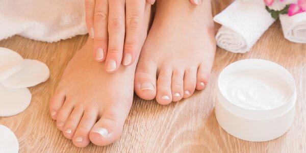 Nohy jako v bavlnce: pedikúra vč. lakování nehtů