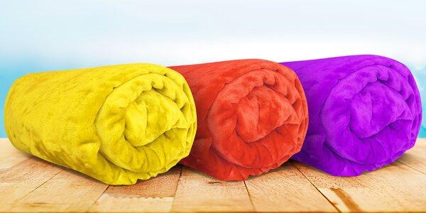 Barevné deky z mikroflanelu ve 12 barvách