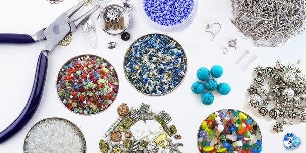 Balíčky nejen skleněných korálků pro kreativce