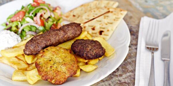Oběd na řecký způsob pro 1–2: biftečky i přílohy
