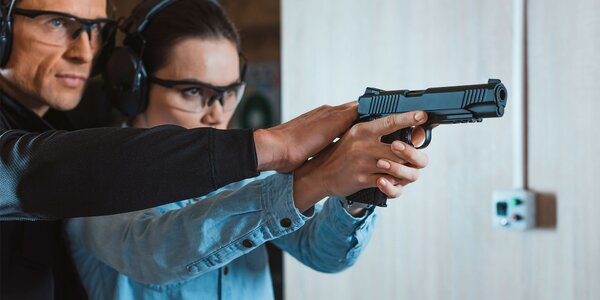 Na střelnici: 8 balíčků, pestrá škála zbraní