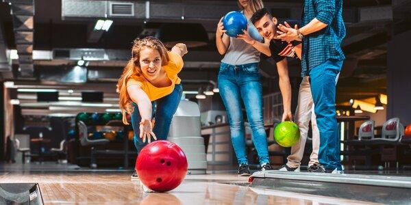 Bowling pro 2–8 hráčů: 1 nebo 2 dráhy na hodinu