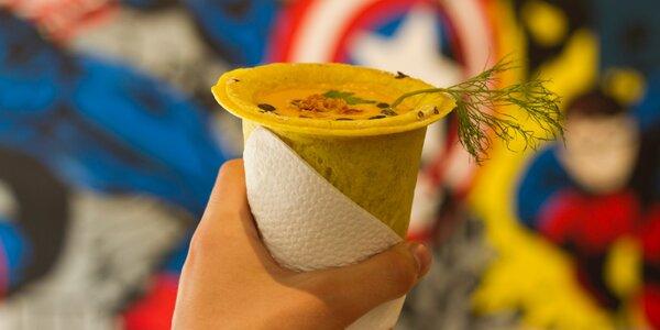 Vege polévky v kelímku z jedlého těsta