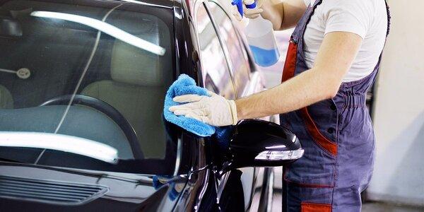Mytí vozu i aplikace ochranného tvrdého vosku