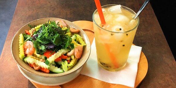 Vietnamský salát a domácí limonáda pro 1 či 2