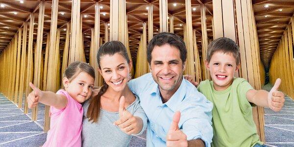 Svět smíchu, kouzel a zázraků: zábavný zrcadlový labyrint pro celou rodinu