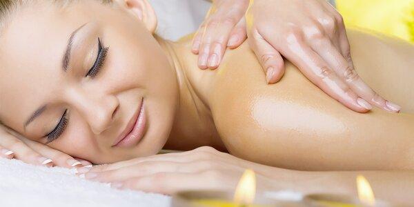 Uvolňující relaxační masáž šíje, zad a nohou