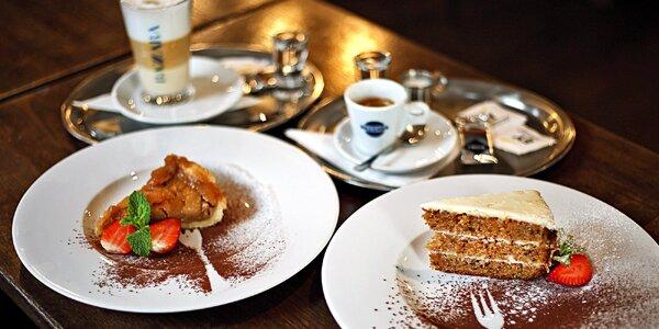Horký nápoj, dort a dobrý skutek pro 1 nebo 2