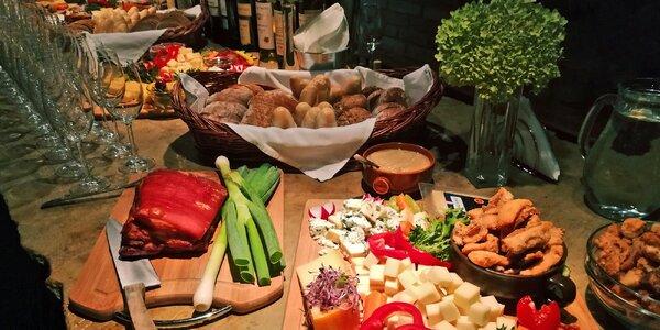 Silvestr ve Valticích: plno zábavy, jídla i vín