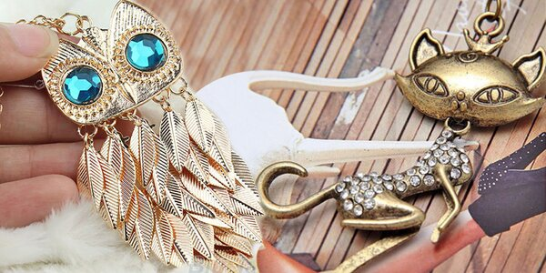 Krásné náhrdelníky s přívěskem