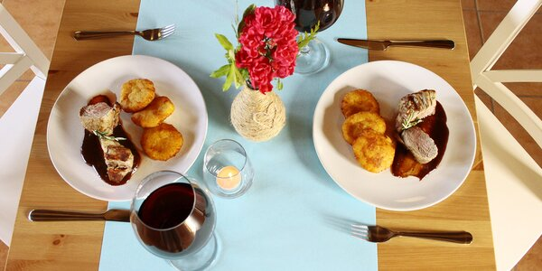 Romantické 4chodové menu s panenkou a vaflemi