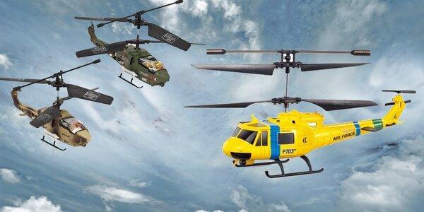 Helikoptéra nebo dva vrtulníky na dálkové ovládání