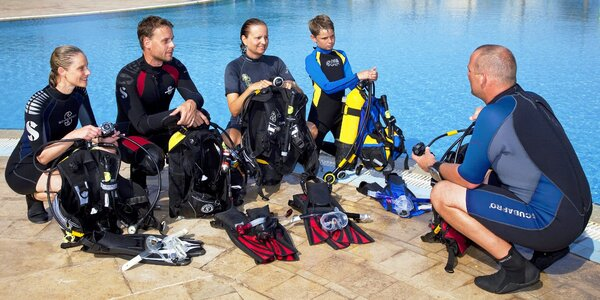 Kompletní kurz indoor potápění v bazénu u Prahy