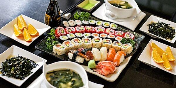 Degustační sushi menu ve Slovanském domě pro dva