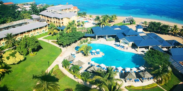 4* Jewel Runaway Bay Beach s all inclusive