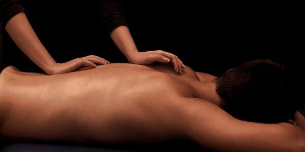 Klasická masáž včetně masáže plosek nohou