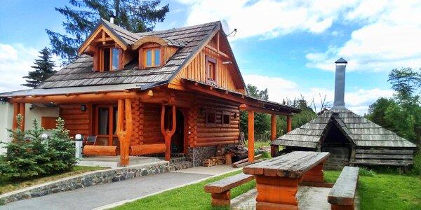 Jaro v romantické dřevěnici ve Vysokých Tatrách