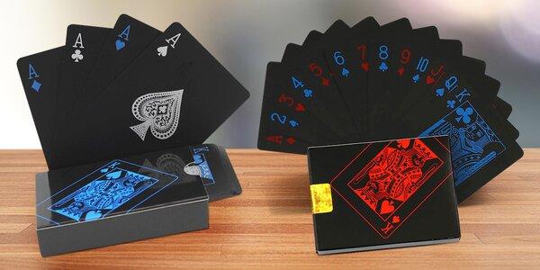 Plastové voděodolné karty pro malé i velké hráče