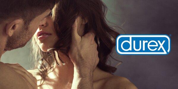 Zásoba kondomů i vibrační kroužek a gely Durex