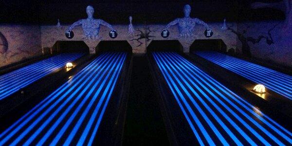 Až 2 hod. bowlingu a 1 nebo 2 pizzy podle výběru