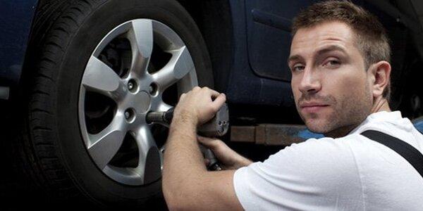 359 Kč za kompletní přezutí vašeho osobního vozidla včetně výměny ventilů!