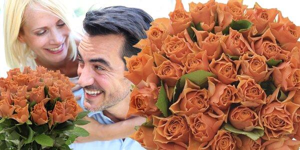 Kytice oranžových růží s možným doručením po ČR