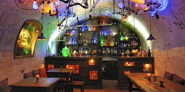 Muzeum alchymistů po zavírací době a nápoj v baru