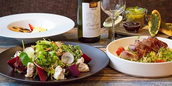 Privátní wellness a 3chodové menu s láhví vína