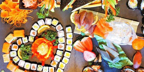 Až 73 ks sushi: klasické rolky, sendviče i kornouty