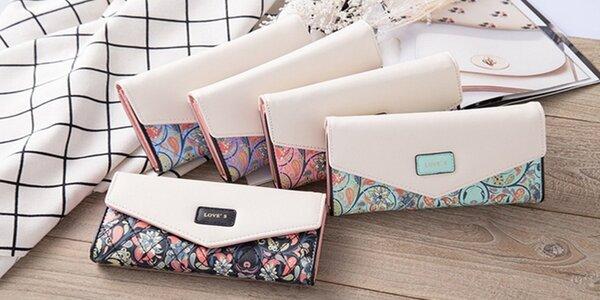 Elegantní peněženky s květinovým vzorem