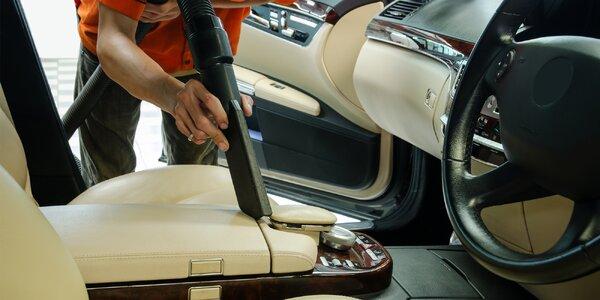 Čištění interiérů i exteriérů osobních vozidel
