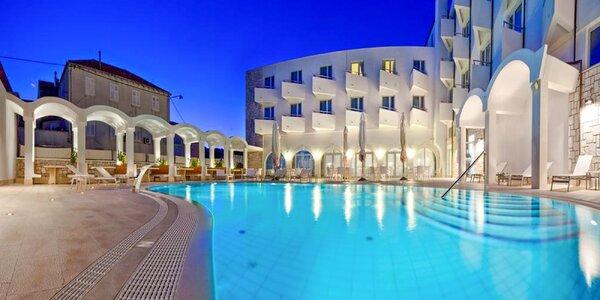 4* dovolená na Korčule s bazénem a polopenzí