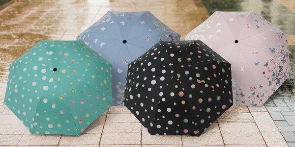 Deštníky měnící barvu v dešti: kytičky i puntíky