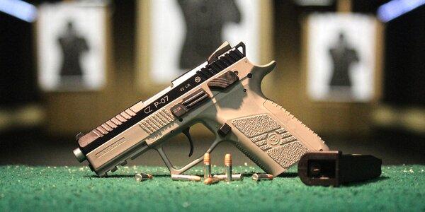 Nadupané střelecké balíčky: samopal i revolver