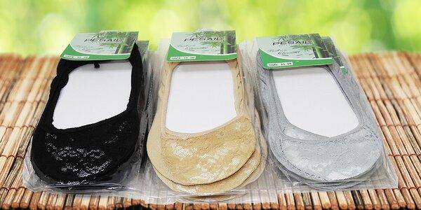 Balerínkové ponožky s krajkou: černé i tělové