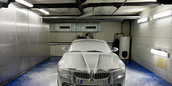 990 Kč za ruční umytí automobilu programem Exclusive v hodnotě 1799 Kč
