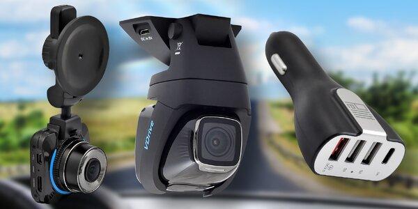 Kamera do auta i autonabíječka se 4 USB porty