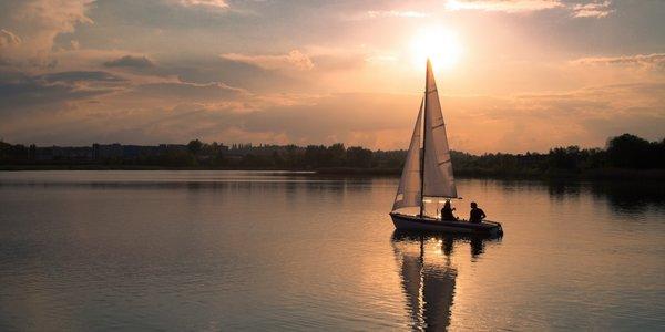Dobrodružství na Orlíku: jachta pro 4 na 1–2 noci
